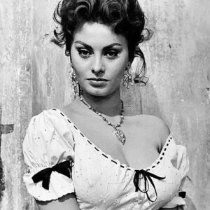 Sophia Loren – Historial Pin Up